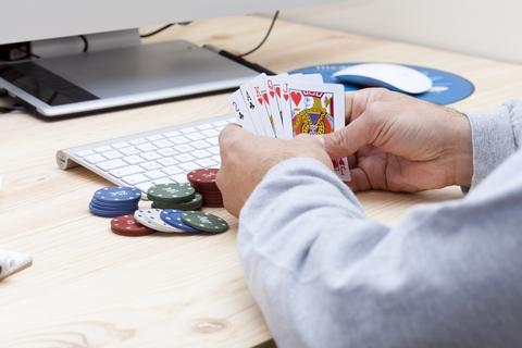Liberales Online Glücksspiel füllt spanische Kassen
